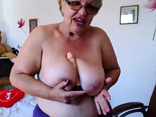 Granny playing approximately  big boobs chiefly webcam! Amateur!