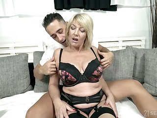 Full natural busty cougar Rosemary is fucked by young hot blooded pupil