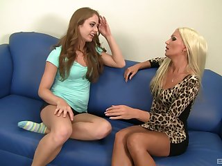 Diana Doll and amazing Keira are sweltering enough to make laugh each other's cunts