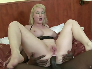 Pale amateur mature blonde Monik ass fucked hard by a black scrounger
