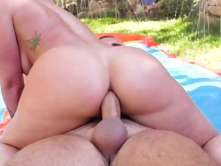 Jada Stevens tries anal in the backyard with a hot stud