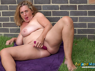 EuropeMaturE Camilla Creampie Amazing Solo Play