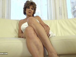 Granny has sex with black impoverish and enjoys ass drilling fuck