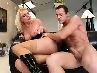MILF hardcore and facial cum