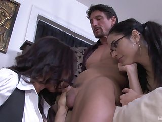 Exclusive mom and daughter quarters trio on a massive dick
