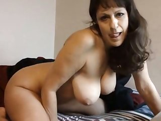 Mature Cougar Fucked Off out of one's mind A Horny Dude