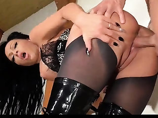 Hot pornstar hardcore doggystyle with cum in mouth