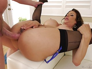 Mish fuck with regard to Alexis Fawx playing with regard to her wet cunt is a blue funk to look at