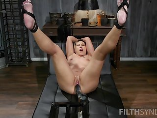 Distinct screwing machine unassisted experience for the hot adult