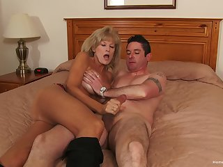 Naked mature woman roughly fucked and jizzed on face