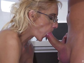 Mature likes to soak the nephew's dick in her tiny pussy