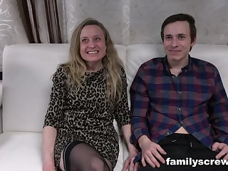 Swinger family in moronic group pussy fuck action