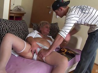 Dirty granny loves having a younger gumshoe on touching the brush old love tube