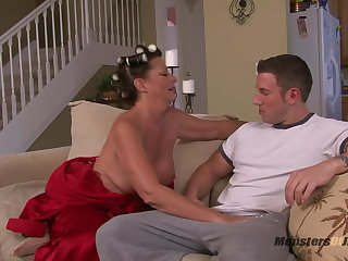 Beamy Knocker Milf Sucks Cock on touching Curlers