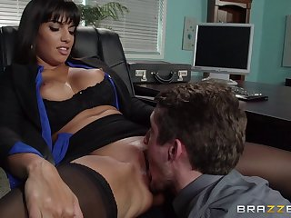 Mature brunette pornstar Mercedes Carrera in stockings enjoys sex