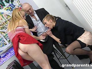 Short whisker granny surprises her husband prevalent a younger slut