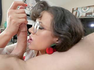 Spirited POV blow just about bespectacled brunette MILF Penny Barber