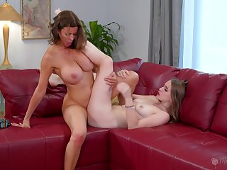 Premium mom likes a hoax of scissoring with her inexperienced step daughter