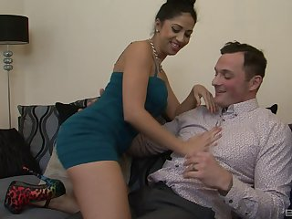 Amateur fucking at home with hot ass pornstar wife Julia De Lucia