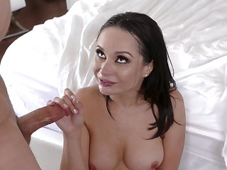 Ardent lovemaking in the morning with super brunette Crystal Battering