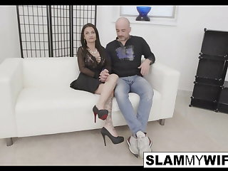 Hot MILF gets her pussy and asshole rolling in it